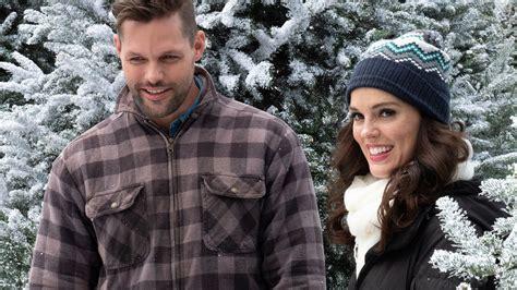 lori loughlin hallmark movies 2018 hallmark adds record 37th christmas movie for 2018 ew