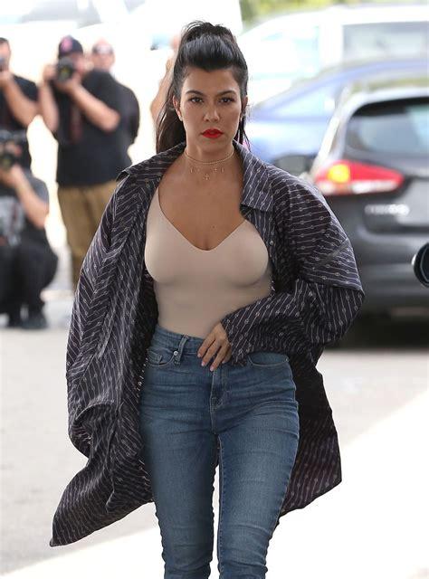 kourtney kardashian kourtney kardashian arrives at casa vega in sherman oaks