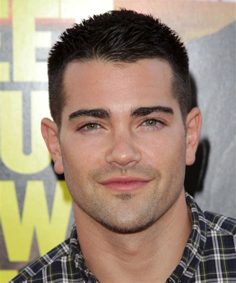crew cut men hairstyle for fat face jesse metcalfe short straight casual hairstyle dark brunette