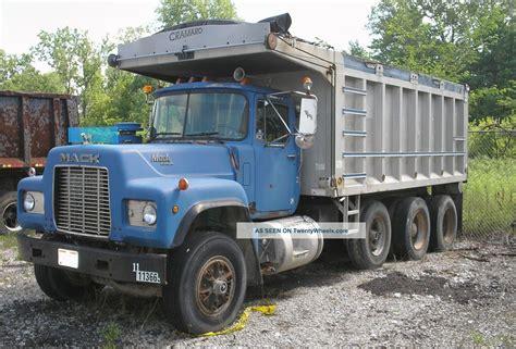 r and d trucks 1993 mack r model