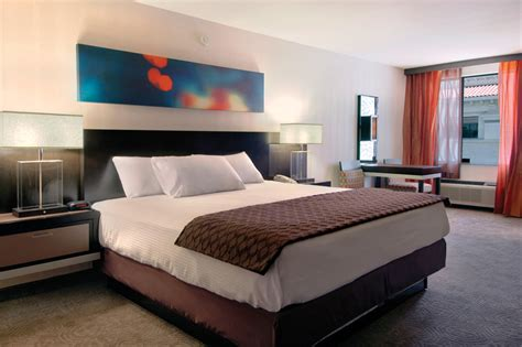 Nearest Hotel Room by Affordable Hotel Rooms Near Las Vegas Gold Coast