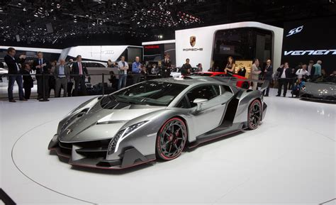 How Many Lamborghini Venenos Are There The Lamborghini Veneno Automotivebuzzz