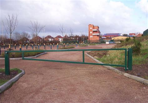 manual swing arm gate car park barriers rising bollards rising arm barriers