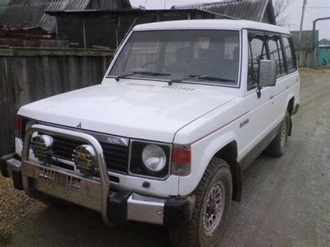 how do cars engines work 1987 mitsubishi pajero free book repair manuals 1987 mitsubishi pajero pictures 2 5l diesel manual for sale