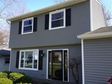 Charcoal Gray Siding Images - 74 best gray vinyl siding images on vinyl