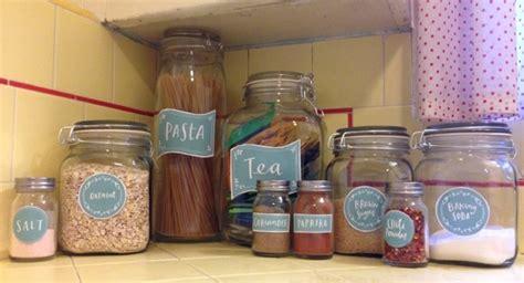 kitchen spice jar pantry organizing labels worldlabel blog kitchen spice jar pantry organizing labels worldlabel