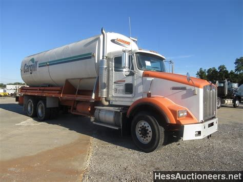 trailers kenworth for sale used 2002 kenworth t800 bulk feed tank truck for sale in