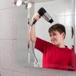 clean bathroom mirror cleaning bathroom mirrors thriftyfun