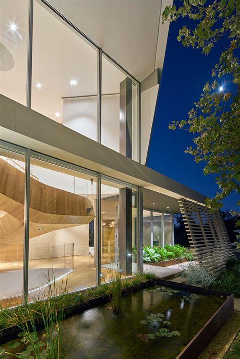 belzberg architects belzberg architects builds tree top residence in los angeles