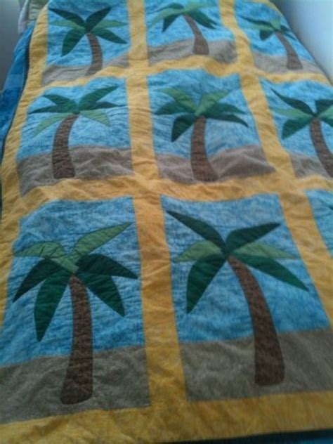 Palm Quilting by Palm Tree Quilt Quilts
