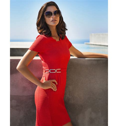 jurk caroline biss rood rode jurk caroline biss populaire jurken uit de hele wereld
