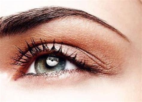 cara membuat alis mata cantik cara membentuk alis mata sendiri dengan pensil alis