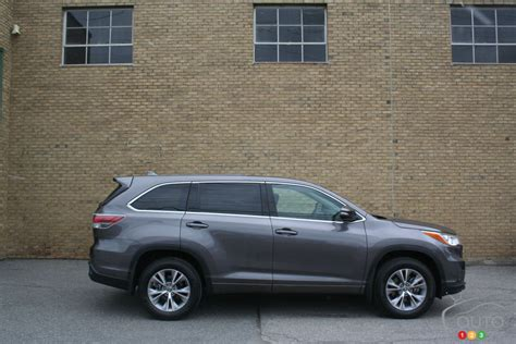 Toyota Highlander Le Plus 2016 Toyota Highlander Is The Of The Crop Car News