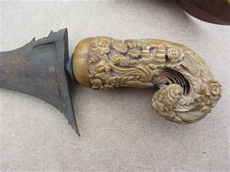 Gagang Hendle Keris 2 keris with richly carved ivory handle indonesia 19th century catawiki