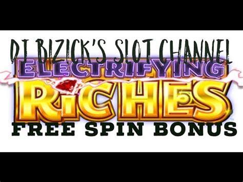 free happy new year machine electrifying riches slot machine free spin bonus happy