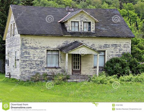 house painters michigan old paint peeling house stock photo image 41557335