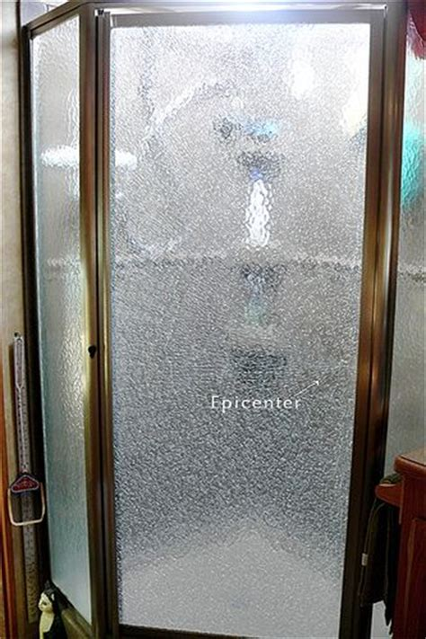Shower Door Cleaner Vinegar Cleaning Shower Glass Vinegar Microwave And Glass Doors On Pinterest