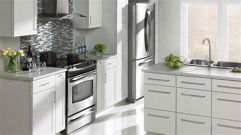 armoire cuisine rona choisir ses armoires de cuisine r 233 novation bricolage