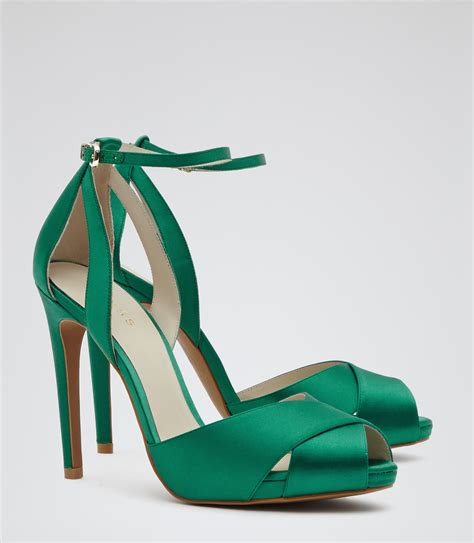 Octav Luxe Strappy Sandals Green lyst reiss cece crossover front sandals in green