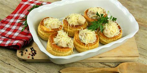 les grands classiques de la cuisine fran軋ise bouch 233 es 224 la reine un grand classique de la cuisine
