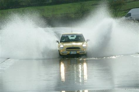 Cos è L Auto Tuning by Che Cos 232 L Aquaplaning