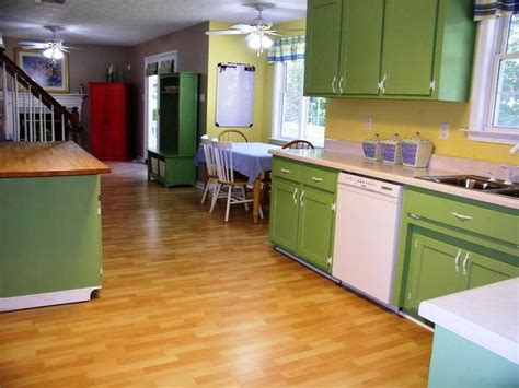 how to paint laminate kitchen cabinets the tips of how to paint kitchen cabinets silo christmas