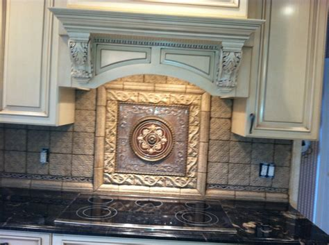 kitchen backsplash medallions 19 best images about kitchen backsplash tile plaque tile