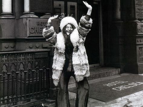 Janis joplin muses it women the red list