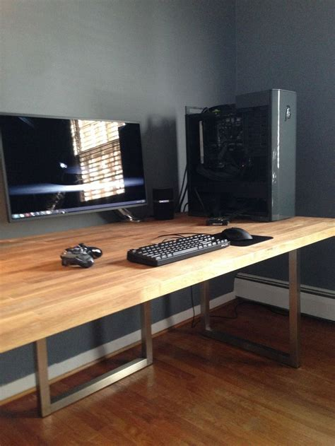 Desk Gaming Setup Best 25 Gaming Desk Ideas On X1s Gaming Desk Gaming Computer Setup And Gaming
