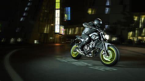 yamaha adds night fluo   mt bikes shows  mt