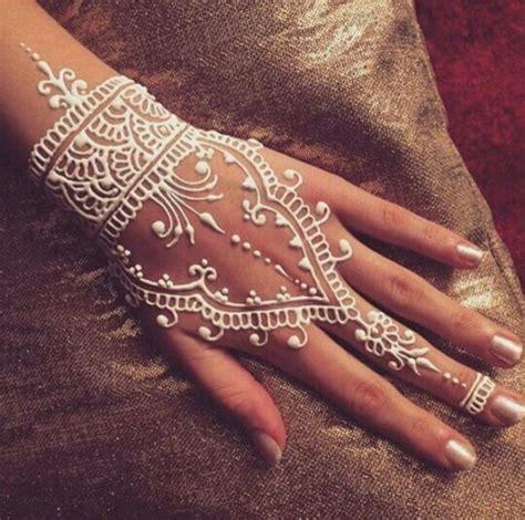 henna tattoo pflege die besten 25 henna designs ideen auf