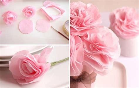sognare fiori finti eleganti centrotavola di matrimonio con fiori di carta