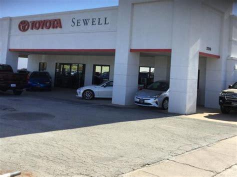 Toyota Dealership Wichita Ks Car Dealership Specials At Sewell Toyota Of Wichita Falls