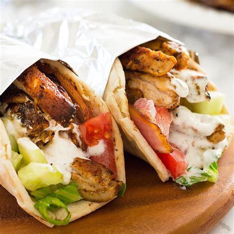 chicken shawarma with yogurt sauce