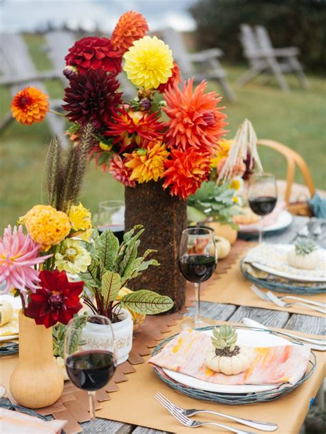 fall table settings ideas rustic fall table setting ideas for outdoor celebrations