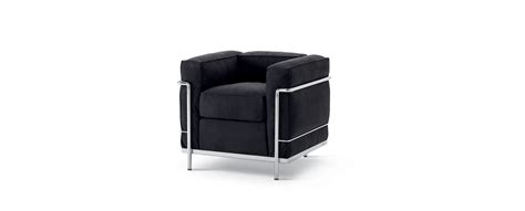fauteuil lc2 lc2 sofa and armchair le corbusier jeanneret perriand cassina