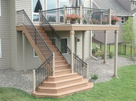 Back Porch Stairs Design 25 Best Ideas About Outside Stairs On Pinterest Stairs Scale And House Stairs