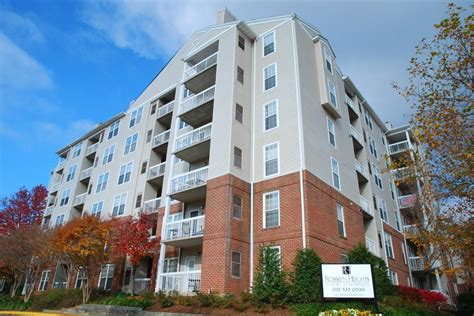 Futon Arlington Va by Rosslyn Heights Apartments Arlington Va Walk Score