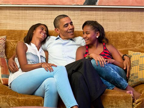 barack obama gets a sneaky visit from daughter sasha in president barack obama talks to malia and sasha about