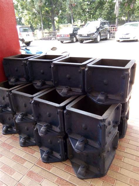 Cetakan Kubus Beton Plastik jual cetakan beton kubus harga murah bogor oleh pd karya