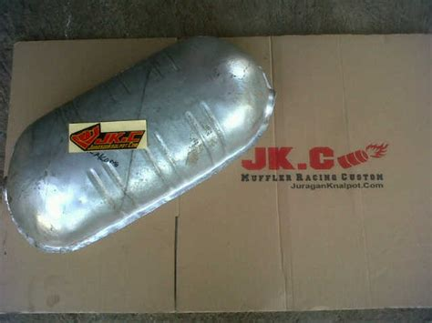 Tabung Knalpot Mobil Tabung Tengah Dan Belakang Knalpot Mobil Mercy E300