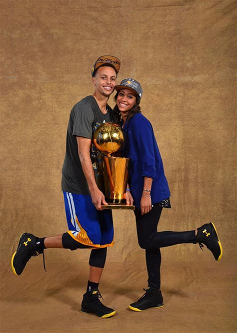 stephen curry house stephen curry cheating golden state warriors superstar caught creeping at waffle