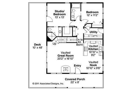 cottage house plans wynant 60 024 associated designs de 203 b 228 sta featured home plans bilderna p 229 pinterest