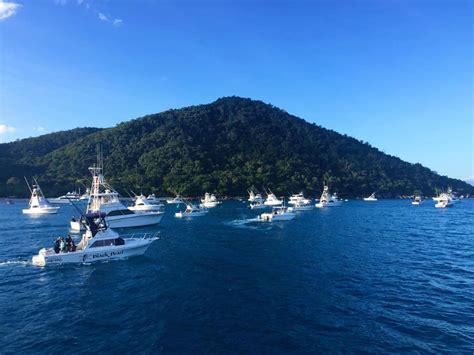 bluewater boats website telstra cairns bluewater billfish tournament day 3 187 black