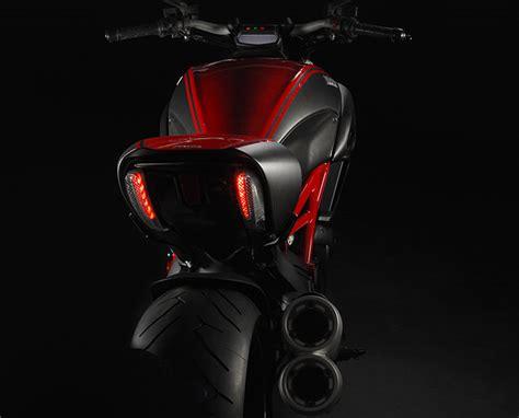 Motorrad Teufel Film by Ducati Diavel Modellnews