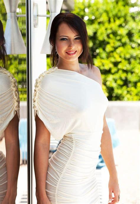 natasha belle tight dress natasha belle white dress hermosas fem pinterest