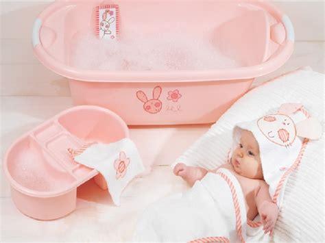 3 Yang Baru cara memandikan bayi yang baru lahir tips dokter cantik