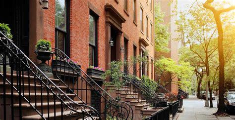 Architectural House Styles by Pierhouse At Brooklyn Bridge Park Neighborhood