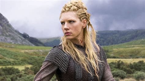 history channel vikings women hairstyles katheryn winnick lagertha s hairstyle in vikings strayhair