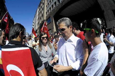 consolato turco tentato golpe presidio al consolato turco corriere it